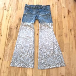 Hydraulic Festival Bell Bottom Flare Floral Jeans